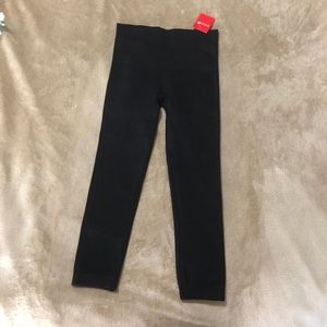 Capri Spanx Legging XS NEW WITH TAGS